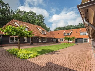 Spacious home with whirlpool and four bathrooms, in Twente