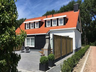 Very comfortable and cosy holiday home just outside Oostkapelle