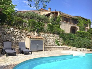 Quaint Villa with Private Pool in Flayosc France