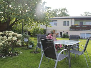 Cozy Apartment with Garden in Klutz near the Sea
