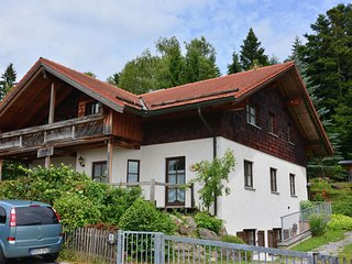 Large, detached holiday home with lots of amenities in the Bavarian Forest