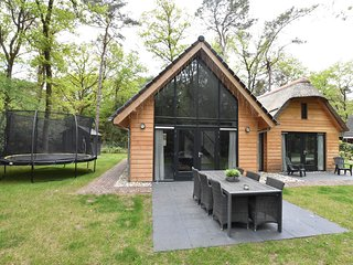 Gorgeous Villa amid the Forest in Norg