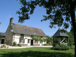 Pleasant and homely farmhouse near Mont St-Michel and St-Malo