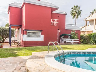 Cozy Holiday Home in Vendrell with Private Pool