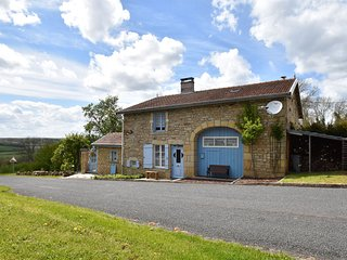 Beautiful, spacious and authentic house on the border of Champagne and Burgundy