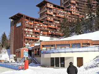 Modern apartment in the child-friendly ski village Arc 1600