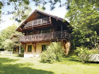 Quaint Chalet in La Bresse with Garden