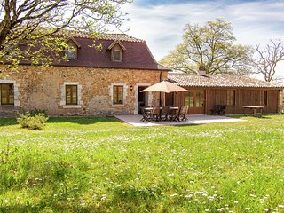 Spacious home on a romantic rural domain with large heated swimming pool.