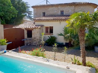 Quaint Holiday Home in Lorgues with Pool