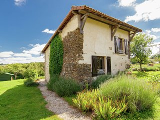 Stylish Cottage in Savignac-Ledrier with Terrace
