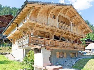 Supreme Chalet in in Chatel French Alps near Ski Area