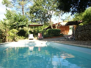 Comfortable detached holiday home with gorgeous garden and private swimming pool