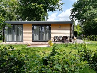Newly built chalet at the edge of a nice holiday park, with amazing view