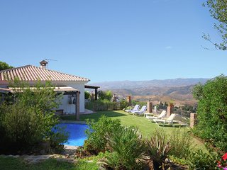 Detached house in mountain setting with great views in Mijas