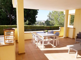 Cosy Apartment in Orihuela with Swimming Pool