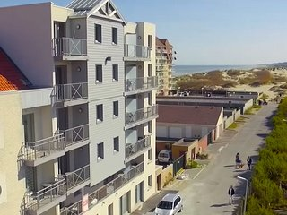 Apartment with a balcony in the coastal town of Bray-Dunes