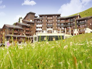 Stylish apartment directly on the slopes in the Belle Plagne