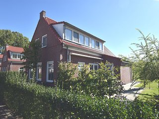 Lovely family home with enclosed garden, near the sea and Breskens town centre