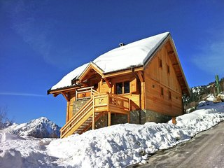 Luxurious Chalet in Vaujany French Alps with Balcony