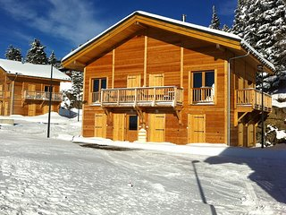 Splendid Chalet in Chamrousse with TV