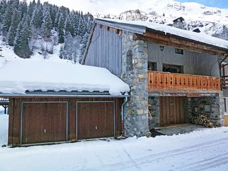 Spacious Chalet in Champagny-en-Vanoise near Paradiski Ski Area
