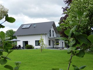 Beautiful Villa with Garden near Ski Area in Küstelberg