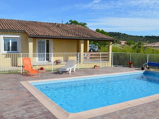 Cozy Holiday Home in Vagnas with Swimming Pool