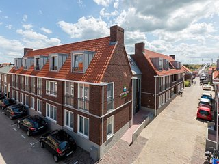 Luxury apartment for 4 people within walking distance of the beach in Zoutelande
