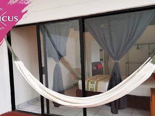Tropicus 17 zona Romntica Habitacin Suite con Balcn