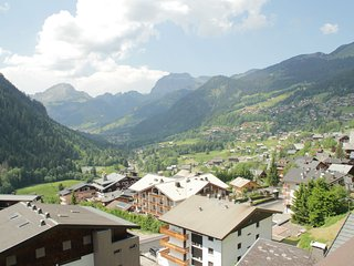 Apartment located 450 m from the lovely village of Châtel