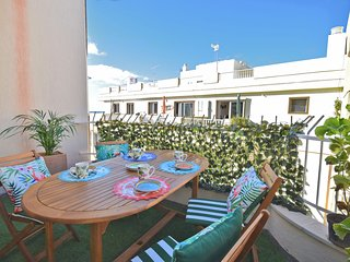 Comfortable apartment just steps from the beach of Los Cristianos