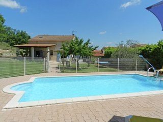 Welcoming Holiday Home with Private Pool in Cereste