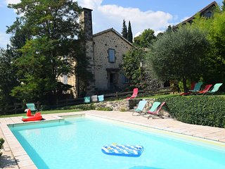 Peaceful Holday Home in Ardèche with a Swimming Pool