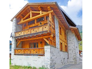 Charming wooden chalet renovated at 1,500 m altitude