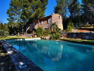 Beautiful character house with private pool and high-end services