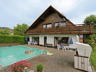 Nicely located apartment near Bad Wildungen with pool in the garden