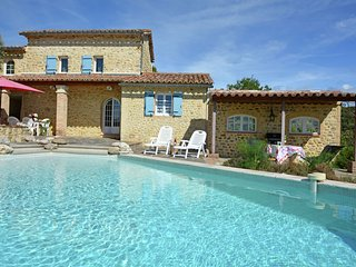 A traditional mas in the South of France, ideal for relaxing holidays