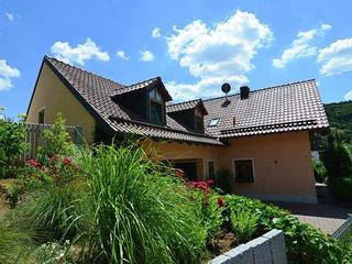 Modern Holiday Home in Prunn near Lake
