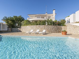 Beautiful house with a large terrace and swimming pool with a fantastic view