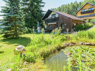 Detached, cosy holiday home with garden in the Thuringian Forest at the Rennstei