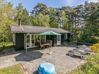 Amazing home in Aakirkeby w/ 2 Bedrooms (I52595)