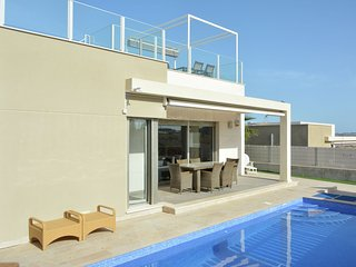Luxurious VIlla in Orihuela with Private Pool