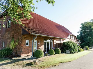 Spacious Holiday Home near River in Beckedorf