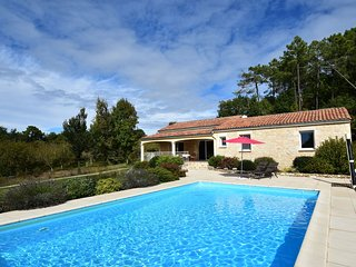 Holiday home in Montclera with sunny garden, playground equipment and private p