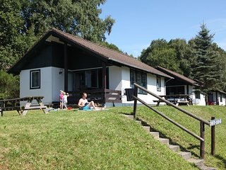 Detached bungalow in Naturpark Nordeifel near a reservoir