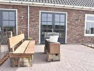 2-person studio on the coast in Noord-Holland province