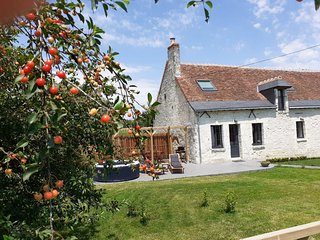 A beautiful gite, furnished with taste, with jacuzzi and a wonderful garden!