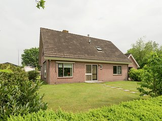 Quiet cottage with panoramic views. Very suitable for children.