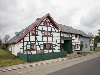 cozy apartment near monschau, great location for hikes through natur park Eifel