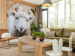 Nice chalet with a farm theme, close to the nature